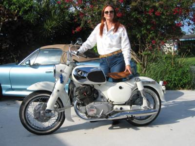 Barbies Dream motorcycle