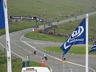 Entering the straightaway, mountain course