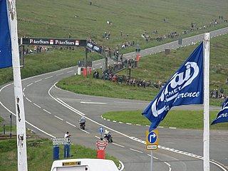 Entering the straightaway, mountain course