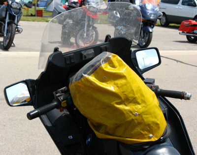 Her-Motorcycle - improvised tank bag cover