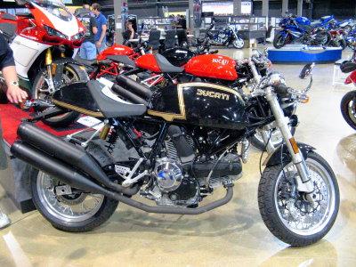 New 2007 Black Ducati